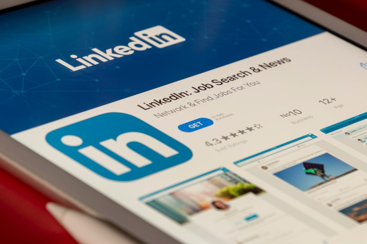Say goodbye and hello to new roles using LinkedIn